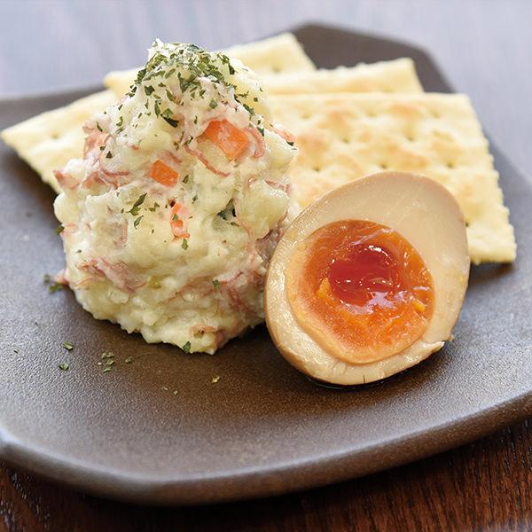 スモークチーズとコンビーフのポテトサラダ