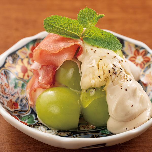 シャインマスカットと里芋のクリームチーズ白和えの画像